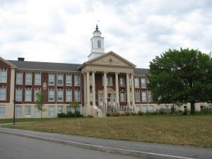 Needham_High_School,_Needham_MA